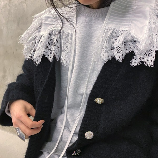 lace neck collar